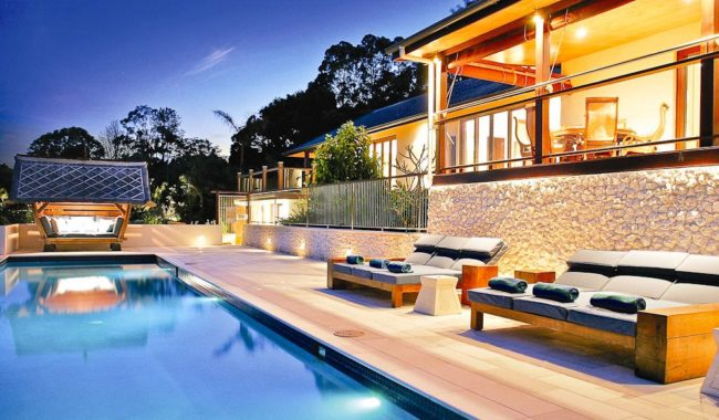 Emerald Valley Villa  Byron Bay Holiday House