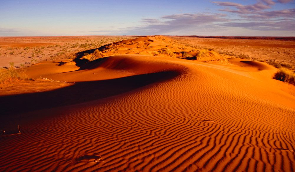 100 Things To Do Before You Die #32 Big Red Simpson Desert Featured Image