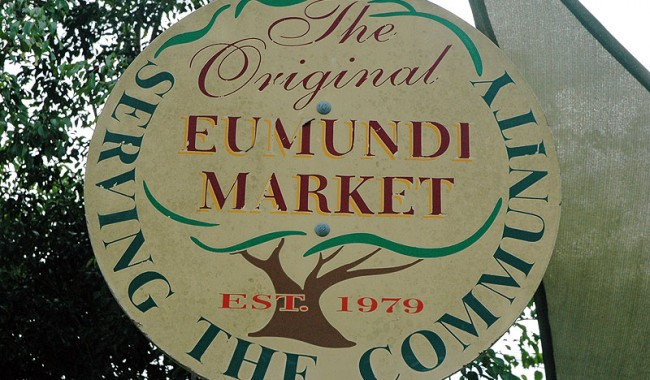 With around 500 stalls, huge swathes of which are devoted to feeding hungry browsers, one of the more delightful aspects of the Eumundi Markets is its emphasis on try before you buy