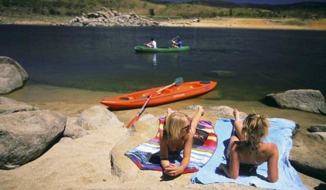 Lake Jindabyne perfect for summer