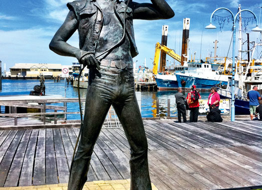Bon Scott sculpture