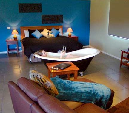 Slip into soemthign more comfortable - like the bathtub bliss at Blaze Rock Retreat.