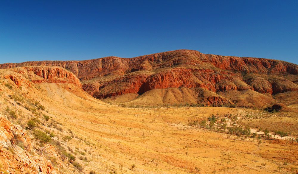 MacDonnell Ranges through NT
