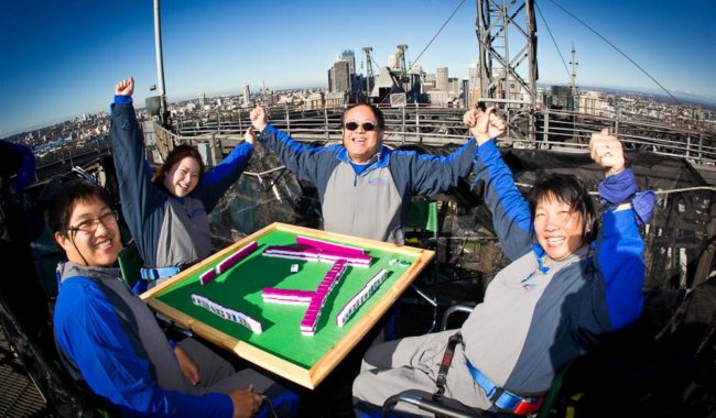 MAHJONG ON THE BRIDGE