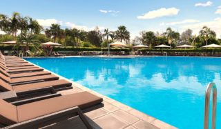 pool Crowne Plaza Hunter Valley